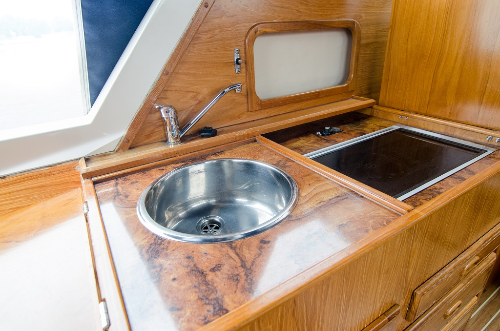 Lanke Charter/Passion-Yachten/Agder 840 deluxe/Pantry