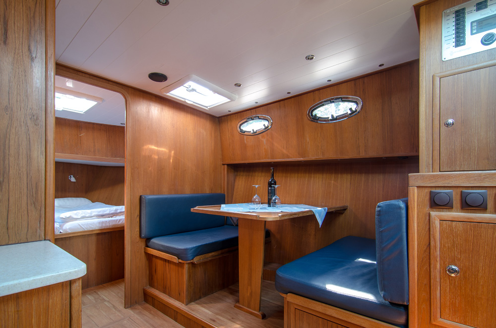 Lanke Charter/Passion-Yachten/Passion 1000 Maria/Salonsitzgruppe
